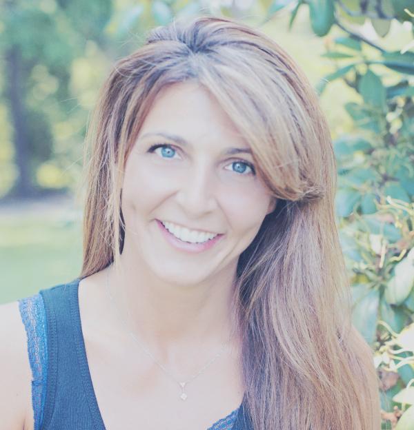 headshot of Lynn Melfi