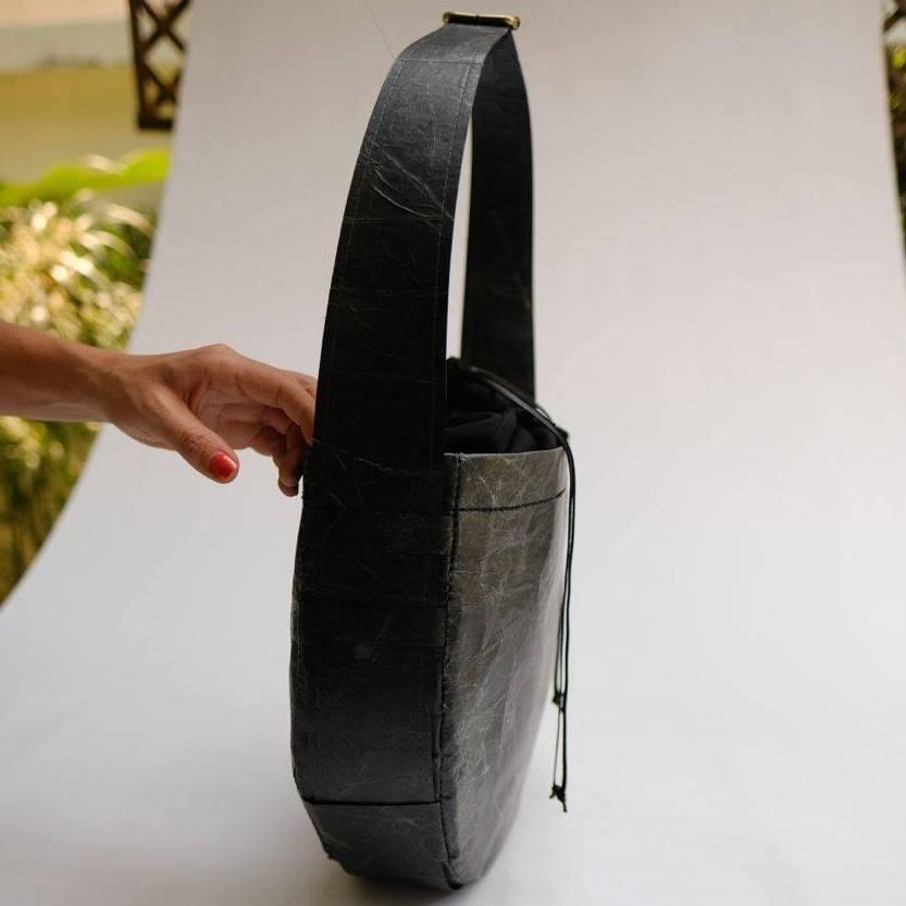 Futurewear ethical fashion purse nuvi4